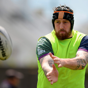 Aly Muldowney goes through his paces during the Connacht squad training session in Galway (SPORTSFILE)