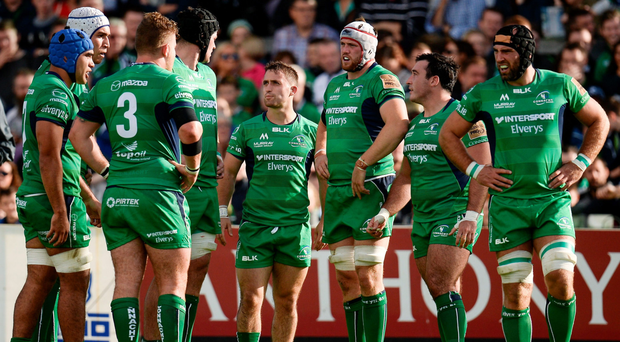 Connacht players show their disappointment during the defeat to Glasgow. Photo by Seb Daly/Sportsfile
