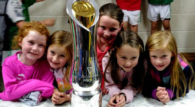 A few young fans with the Pro12 trophy