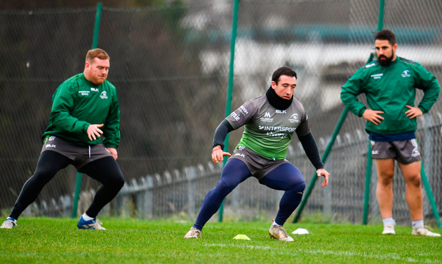 Denis Buckley, centre, during Connacht Rugby squad training at the Sportsground in Galway. Photo by Sam Barnes/Sportsfile