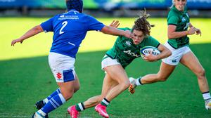 Beibhinn Parsons of Ireland in action against Melissa Bettoni of Italy during the Rugby World Cup 2022 Europe Qualifying Tournament match between Italy and Ireland at Stadio Sergio Lanfranchi in Parma, Italy. Photo by Roberto Bregani/Sportsfile
