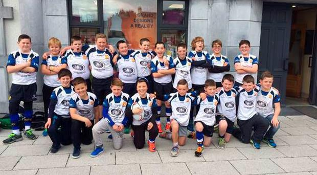 Edenderry mini rugby players pose ahead of the games against Clane