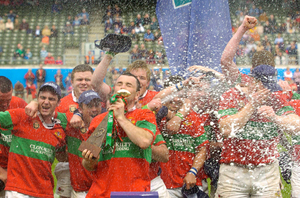 Clonakilty celebrate winning Division 3 of the AIL in 2006