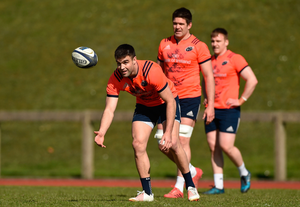 Billy Holland (centre) lines up in between Conor Murray (left) and Rory Scannell during training this week Photo by Diarmuid Greene/Sportsfile