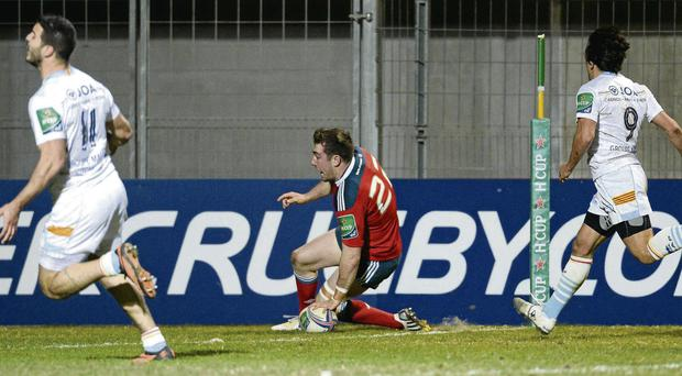 Munster's JJ Hanrahan goes over to score the crucial try against Pe rp ig na n in th e He in ek en Cu p at Stade Aimé Giral