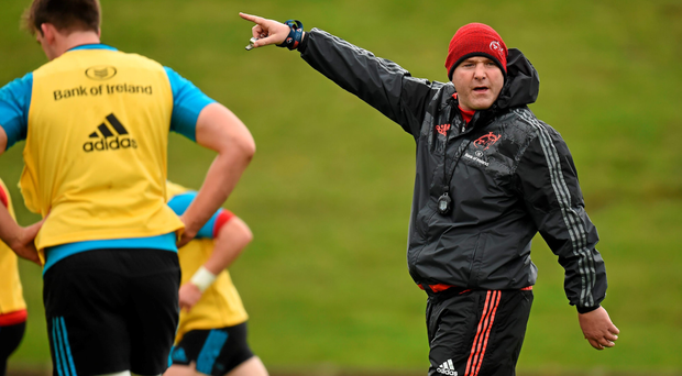 Munster head coach Anthony Foley gives instructions to his players during training at University of Limerick ahead of this weekend's game against Ulster