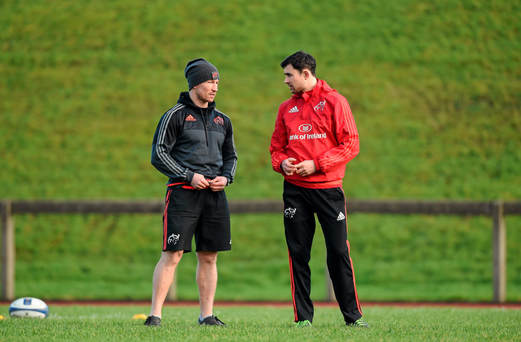 Munster scrum coach Jerry Flannery in conversation with Felix Jones this week. Despite Felix's retirement from the game he's still involved with preparing the squad Photo: Sportsfile