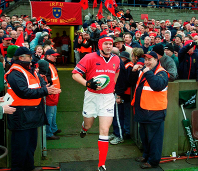Anthony Foley leads the team out in Thomond Park to earn his 50th cap for Munster against Gloucester in 2003. Photo: Sportsfile