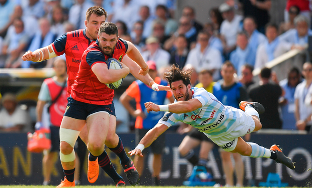 Sammy Arnold, pictured leaving Racing's Maxime Machenaud for dust. Photo: Sportsfile