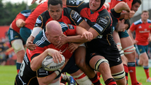 Paul O'Connell gets over to score Munster's sixth try