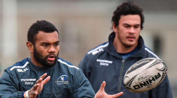 Naulia Dawai has his eyes firmly on the ball during training at the Sportsground. Photo: Sportsfile