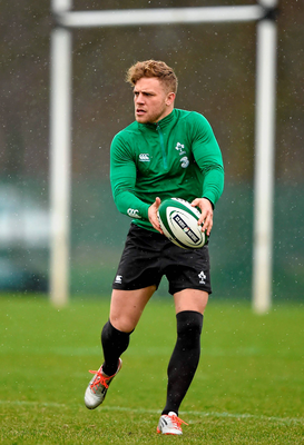 Game time in a high-pressure environment like next Saturday is essential for players like Ian Madigan and he might just get it