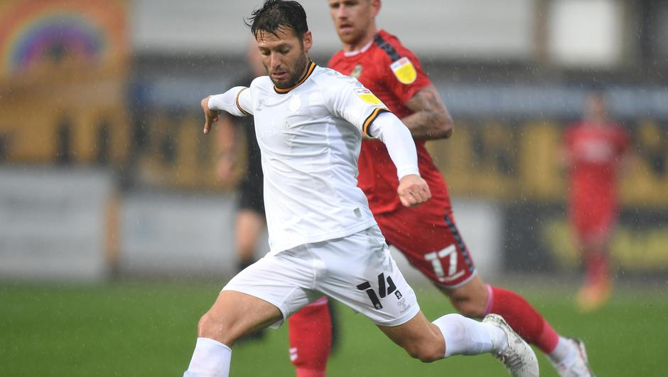 Wes Hoolahan in action for Cambridge United against Newport County at Abbey Stadium. Photo: Tony Marshall/Getty Images