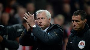 Newcastle United manager Alan Pardew acknowledges the fans after the final whistle
