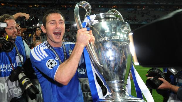Frank Lampard has held talks with Oxford over managerial vacancy