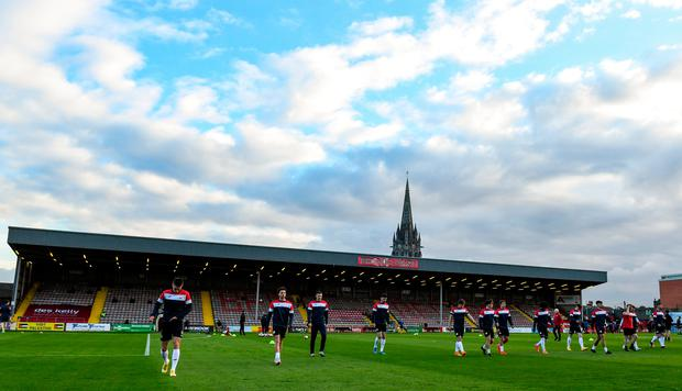 Sligo Rovers players walk the pitch at Dalymount Park before their game with Bohemians this week. Bohemians are experimenting with ways of getting their fans back to the venue in a Covid-safe environment. Photo: Matt Browne/Sportsfile