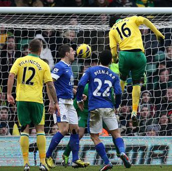 Kei Kamara's late goal set up a late comeback victory for Norwich