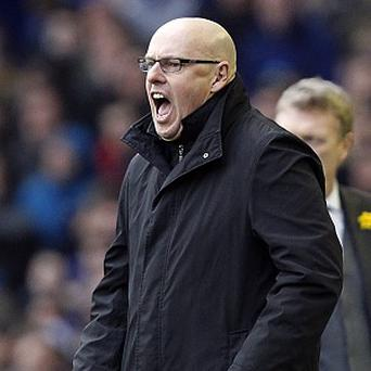 Brian McDermott's Reading slumped to a 3-1 loss at Everton to remain in the bottom three