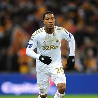Jonathan de Guzman would like to make his move to Swansea permanent
