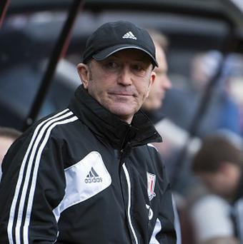 Tony Pulis is concerned with Stoke's inability to find the net regularly