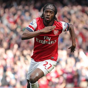 Gervinho opened the scoring early on as Arsenal defeated Reading