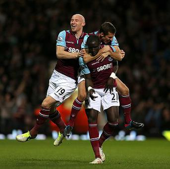 Mohamed Diame, centre, celebrates after putting West Ham back ahead in the second half