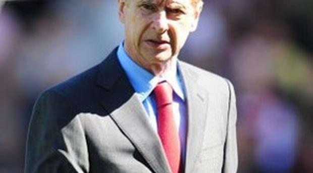 Arsene Wenger insists Arsenal will respect the tradition of giving a guard of honour