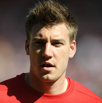 Nicklas Bendtner is determined to regain full fitness and help Arsenal this season