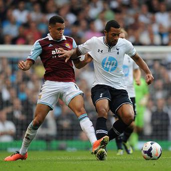 Mousa Dembele, right, admits Tottenham need to grind out results
