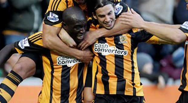 Hull took the lead midway through the first half against nine-man Sunderland