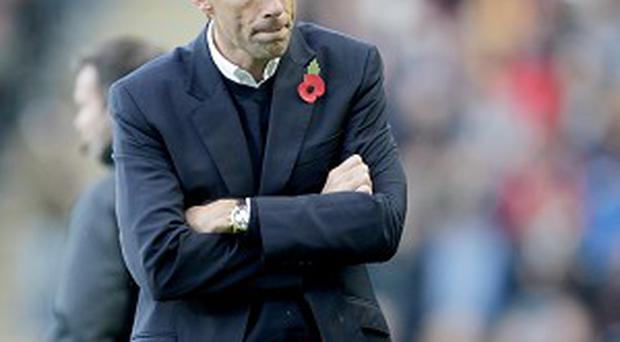 Gus Poyet wants physios to have the final say on head injuries