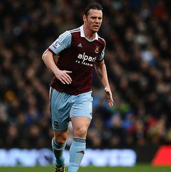 Kevin Nolan wants his struggling Hammers to stick together