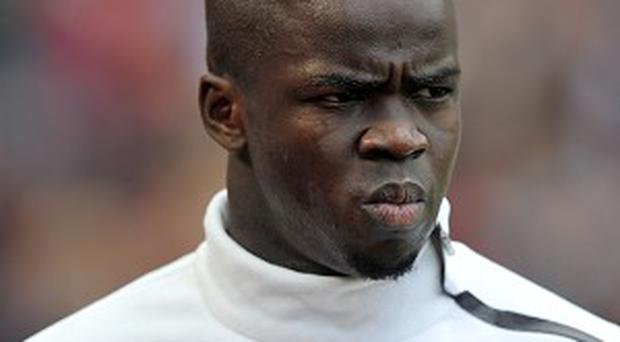 Cheick Tiote has apologised after his display against Sunderland