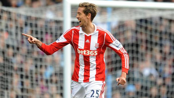 Peter Crouch caused Aston Villa's defenders plenty of problems at Villa Park