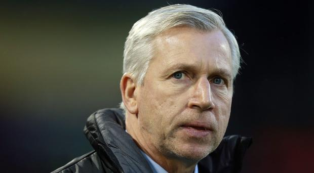 Alan Pardew has come under fire from Newcastle fans