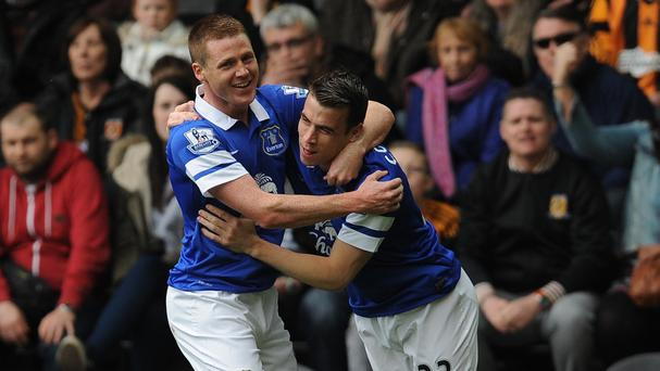 Everton rounded off a successful Premier League season with a 2-0 victory at the home of FA Cup finalists Hull