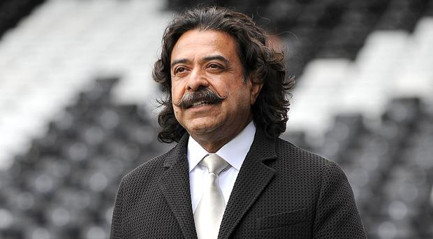 Shahid Khan will back Fulham in the transfer market