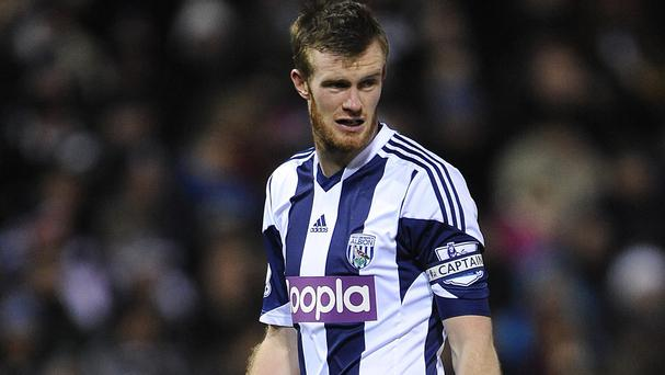 Chris Brunt will remain at the Hawthorns
