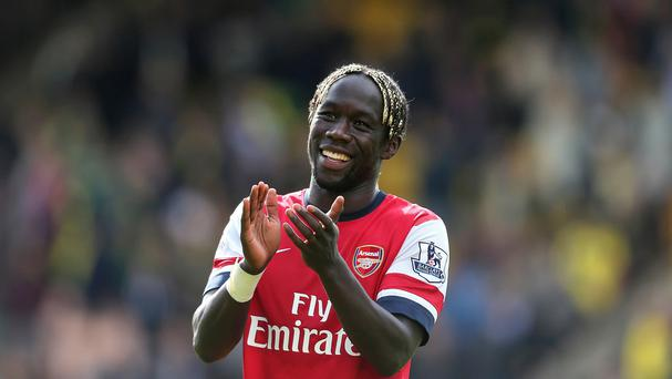 Bacary Sagna has agreed a move to Manchester City