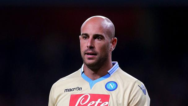 Pepe Reina will not be returning to Napoli unless the Serie A club match his buy-out clause
