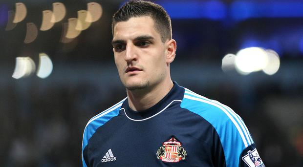 Vito Mannone has dismissed claims he has asked for a transfer
