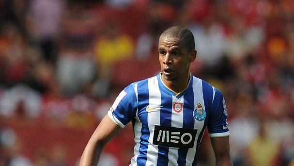 Porto midfielder Fernando could be heading to Manchester City