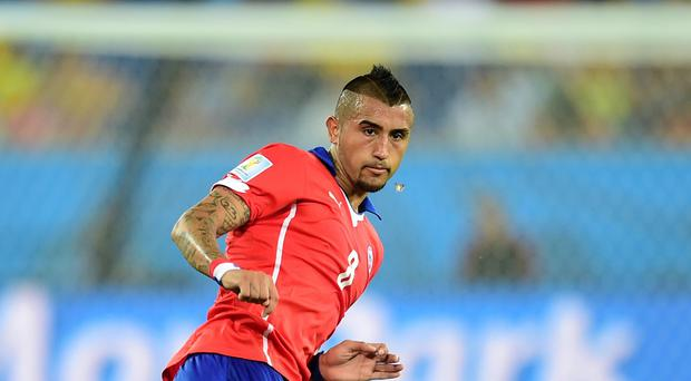 Manchester United appear in pole position to sign Juventus player Arturo Vidal
