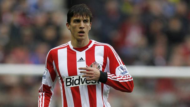 Santiago Vergini has signed on loan with Sunderland