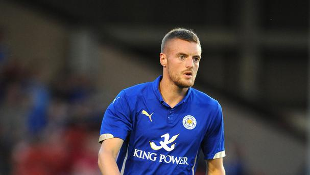 Jamie Vardy has penned a new contract with Leicester