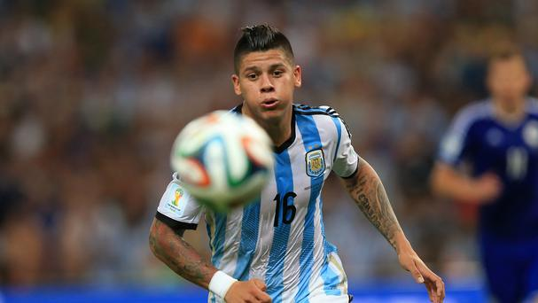 Marcus Rojo is poised to seal a move to Manchester United from Sporting