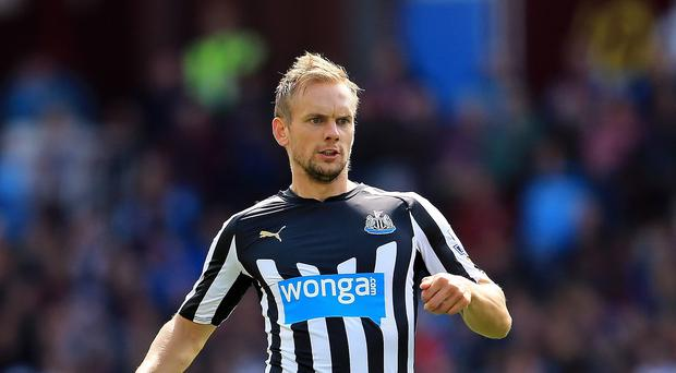 Newcastle United's Siem De Jong could be out for a lengthy period with a thigh injury