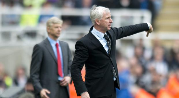 Crystal Palace manager Alan Pardew, right, has good and bad memories from facing Arsenal