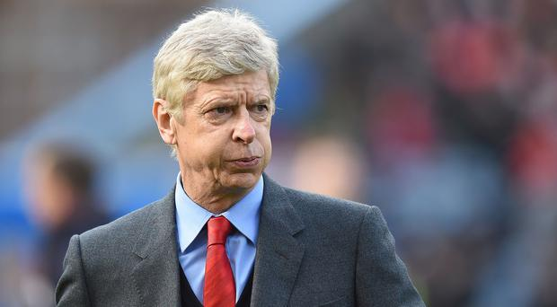 Arsene Wenger has questioned the scheduling of Saturday's FA Cup and Barclays Premier League games