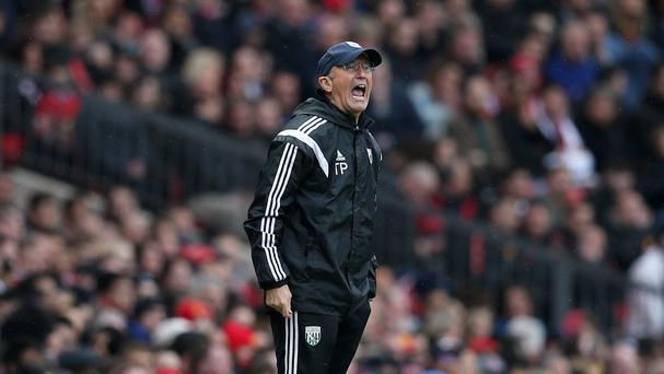 Tony Pulis gave his players the hairdryer treatment before the game